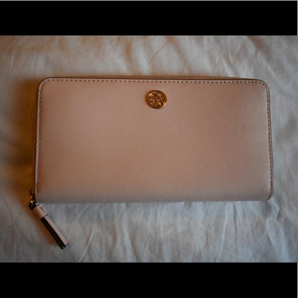 Tory Burch Handbags - TORY BURCH wallet Never Used